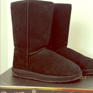 BooRoo (Just like UGG) cozy mid-calf boots sz8